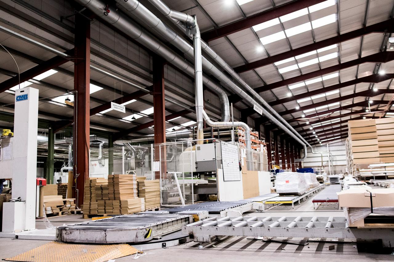 Over Modesta - Dankzij ruim 70 jaar ervaring in agro, hout en recycling heeft ons familiebedrijf industrie-geoptimaliseerde machines weten te ontwikkelen. Onze innovatieve ontwerpen bieden kwaliteitsoplossingen voor industriële stofafzuiging. Sleutelfactoren daarbij zijn ongeëvenaarde duurzaamheid, een hoog rendement en lage operationele kosten.