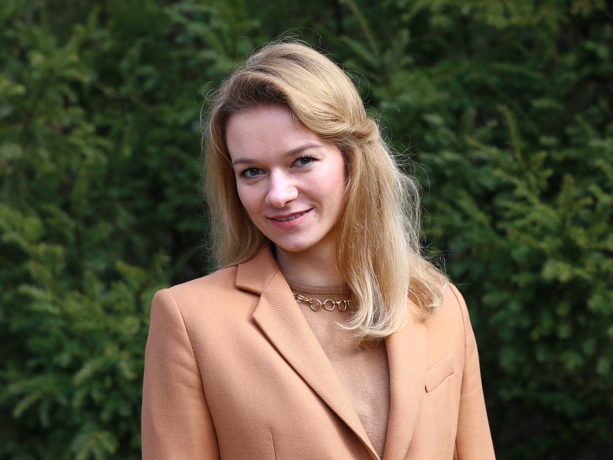 Justyna Mazurek , Język Angielski
