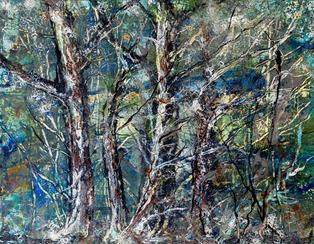 Jarl-Goli-Behind-in-the-woods.jpg
