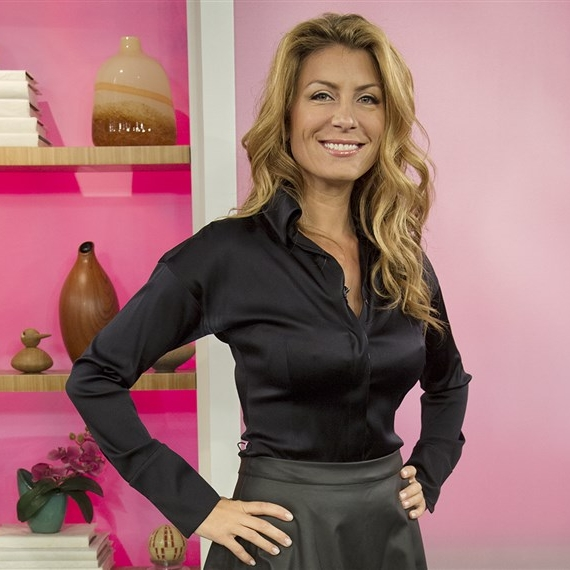Genevieve Gorder   Genevieve was an original superstar designer on TLC's Trading Spaces, which led to her landing shows of her own on design channels. She has returned for the revival of Trading Spaces in 2018 and will star once again in season 10 coming soon.