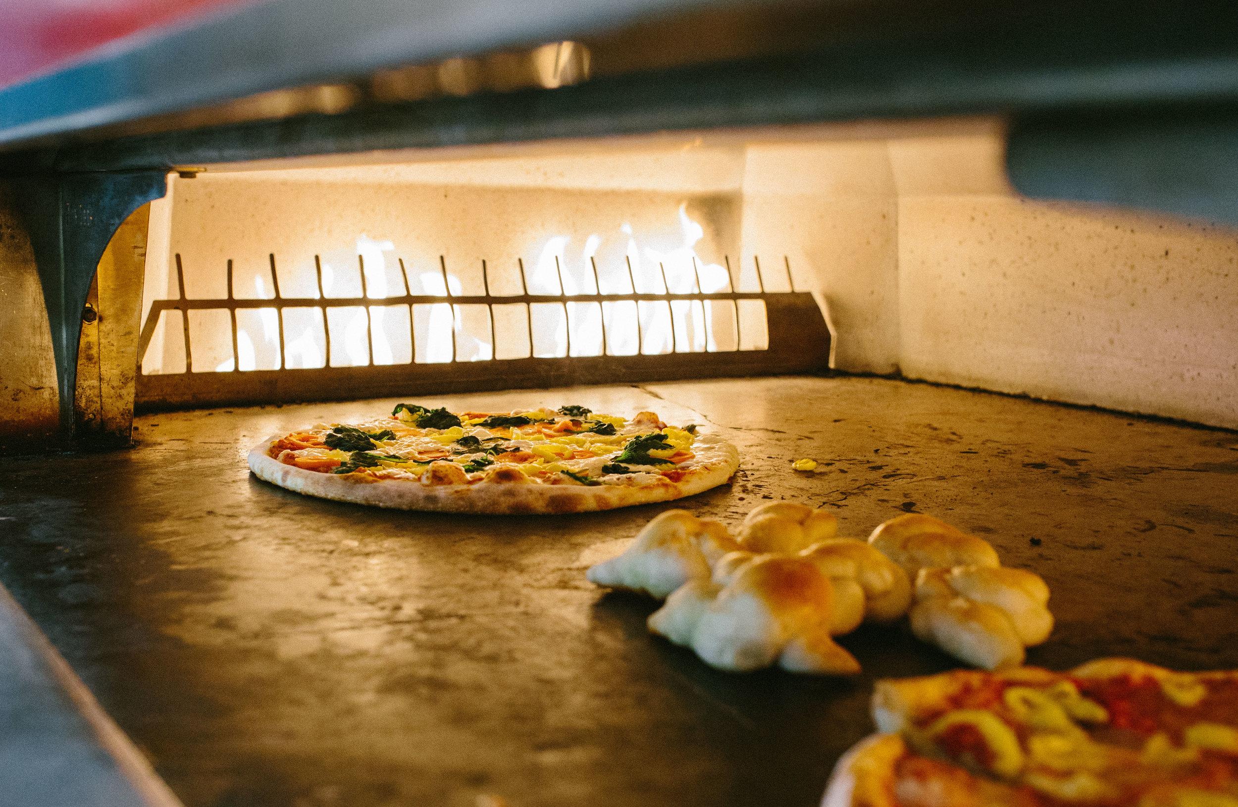 aracri-pizzeria-10.25-27.jpg