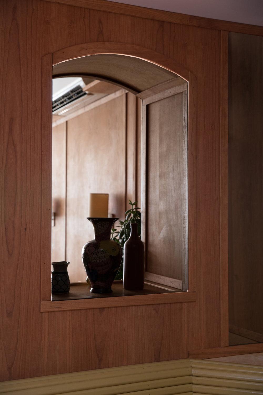 4_cervos-nyc-pass-through-window-interior-erin-little-1466x2199.jpg