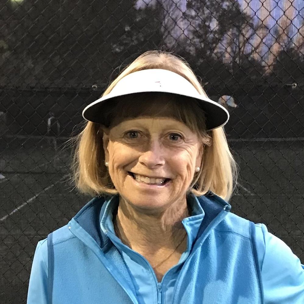Faye Thomas, Tennis Professional