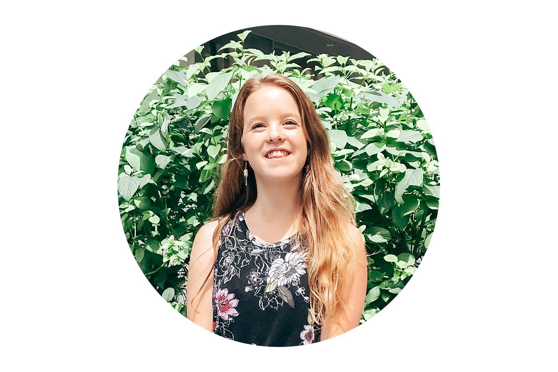 hi i'm Molly Claire and I'm A Social Media Virtual Assistant -