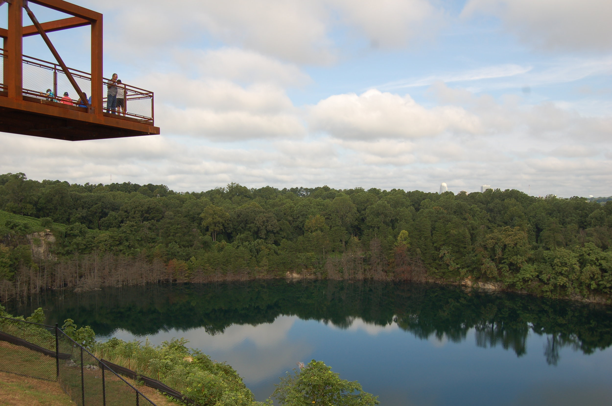 PARK 07 - the observation pier looking over the quarry.JPG
