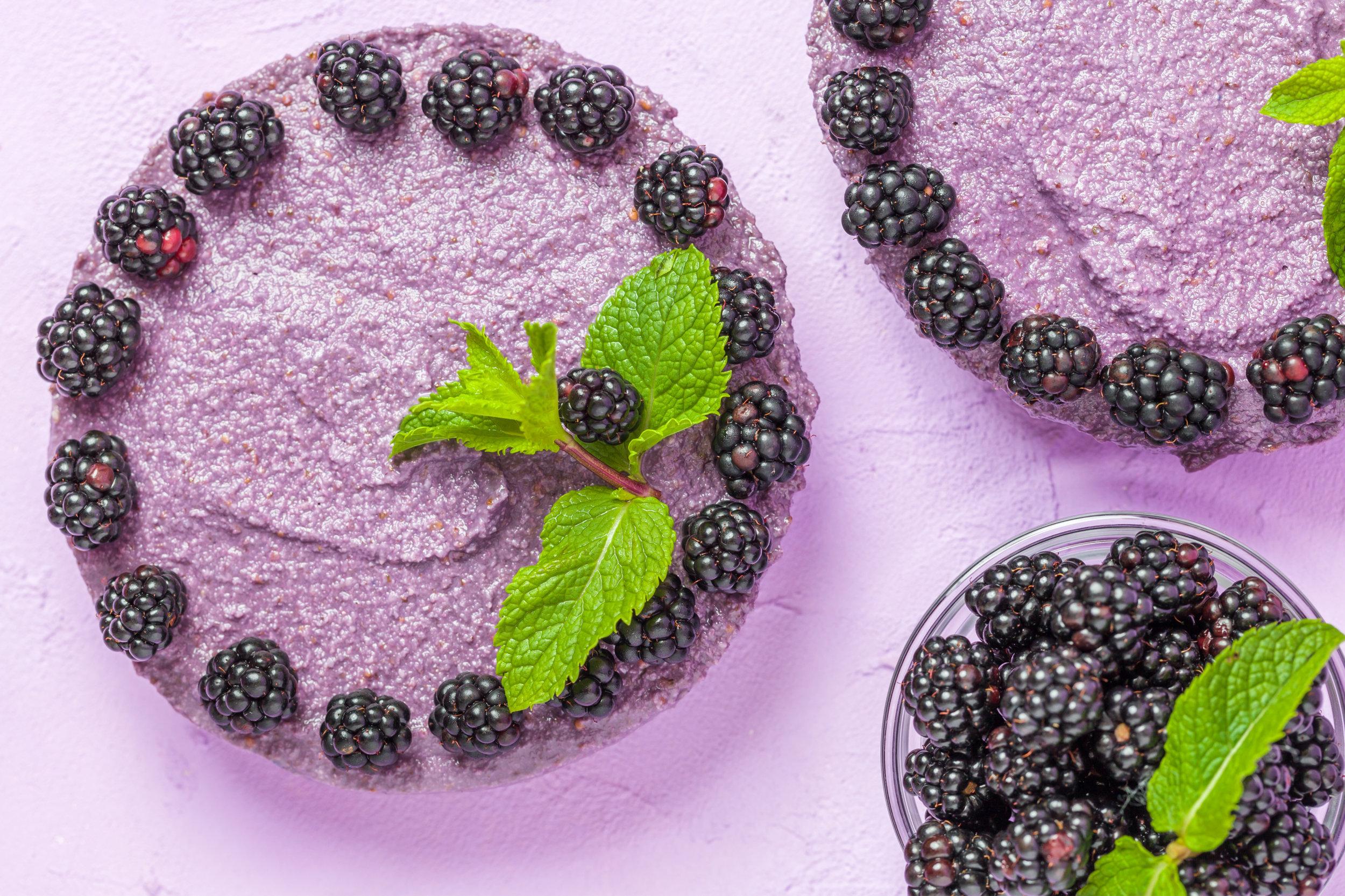 Blackberry Lemon Cashew Cheesecake