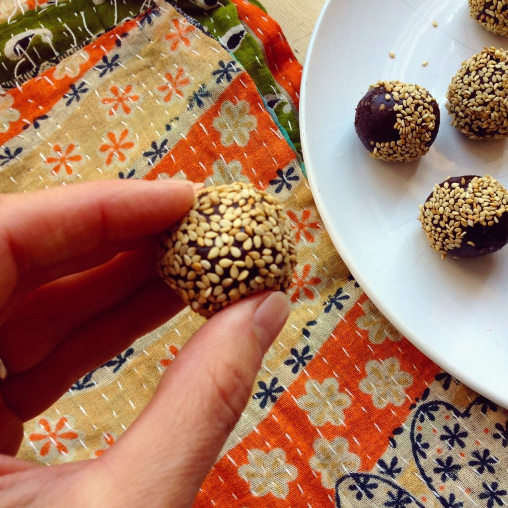 Sesame-ball-single.jpg