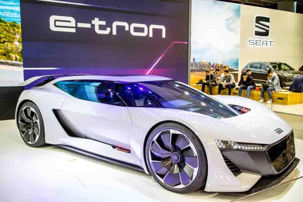 Audi E-Tron-ev.jpg
