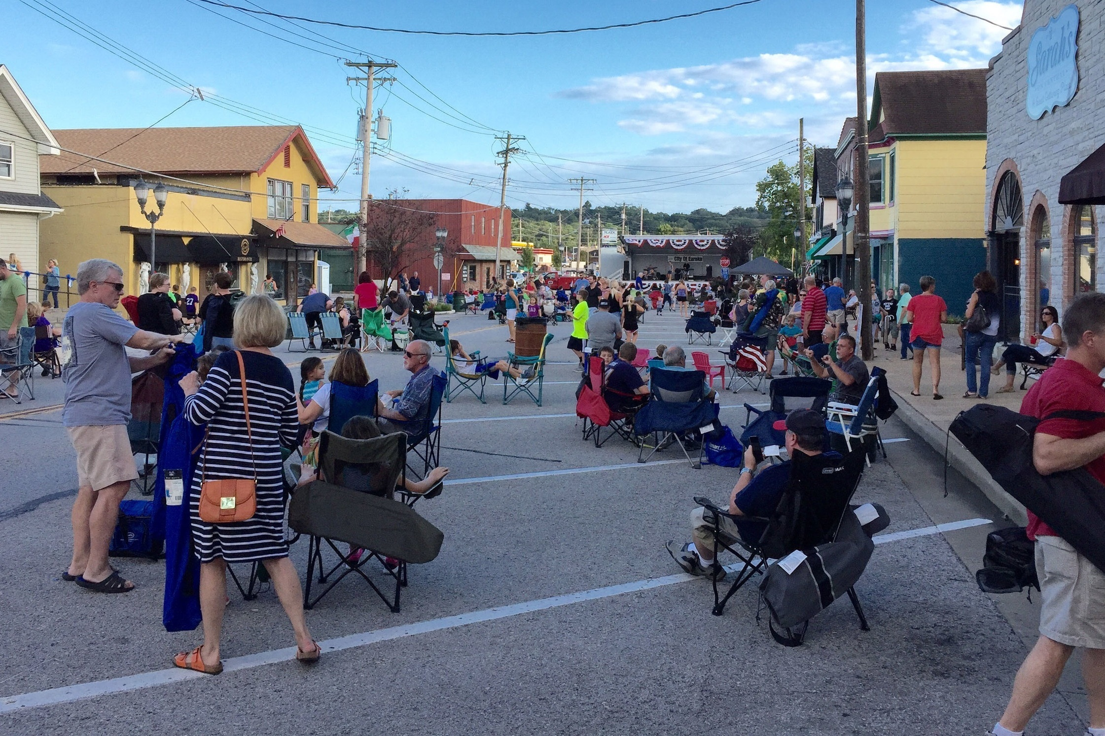 City of Eureka, MO - Propelling a community forwardEureka has the great potential to be a truly vibrant community with its small-town feel and fairly easy access to the larger metropolis of St Louis.