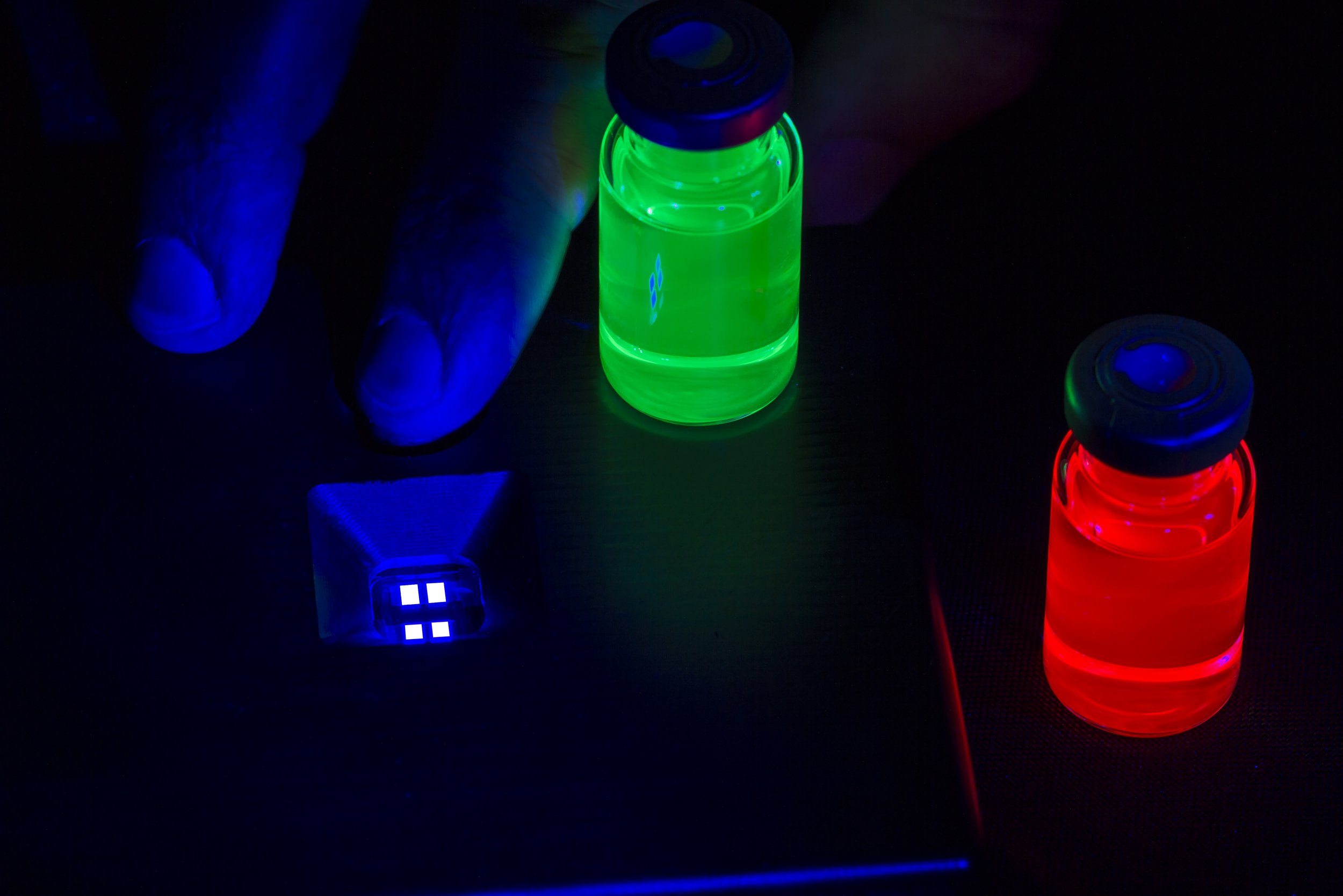 Nanosys Blue Heavy Metal Free Electroluminescent Quantum Dots next to red and green Photo Emissive Quantum Dots