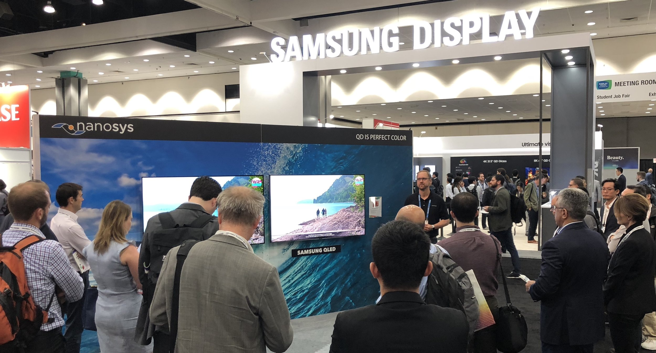 QLED vs OLED shootout at Nanosys DisplayWeek 2018 booth