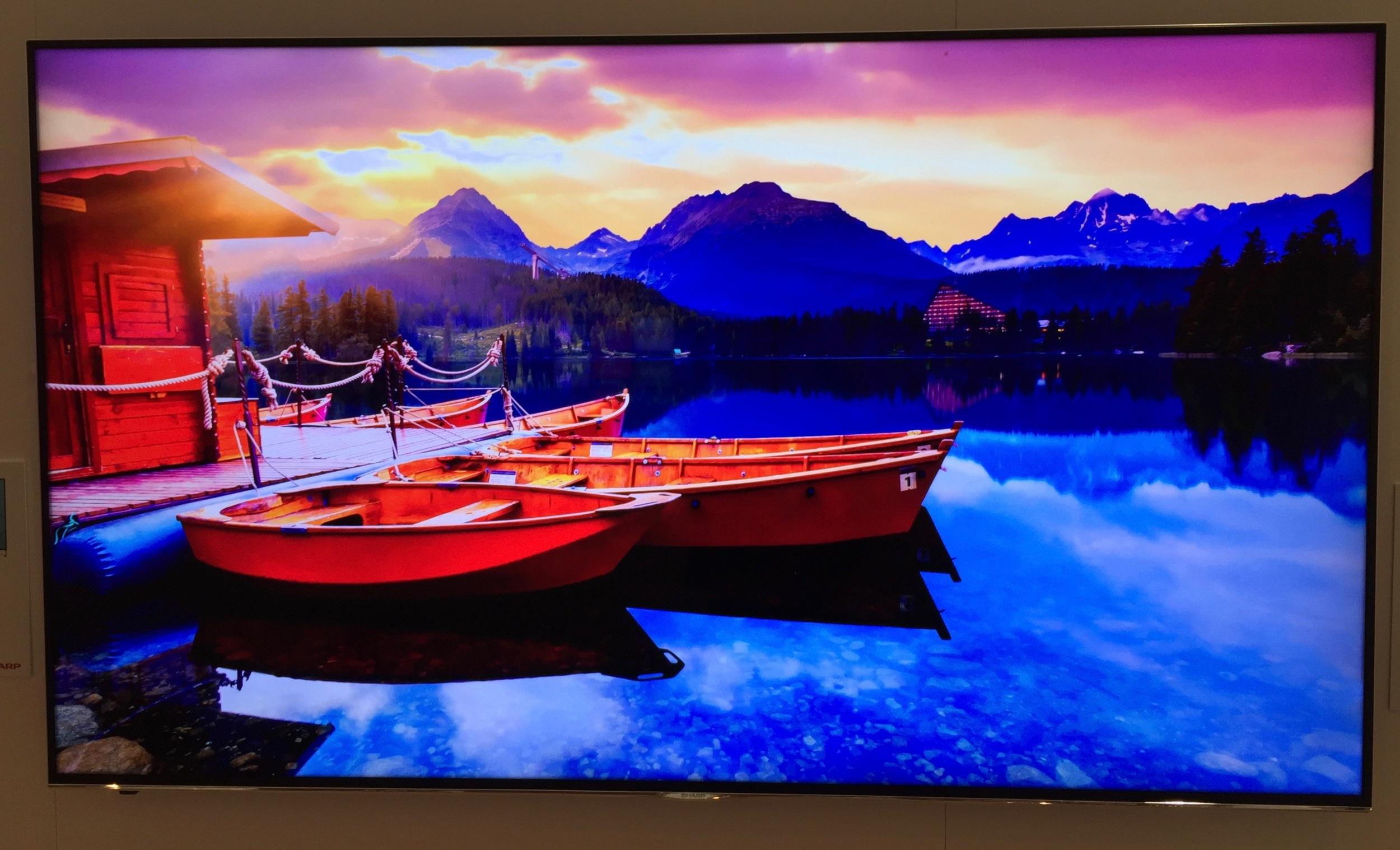Sharp N9000 QuantuM Dot TV at CES 2016