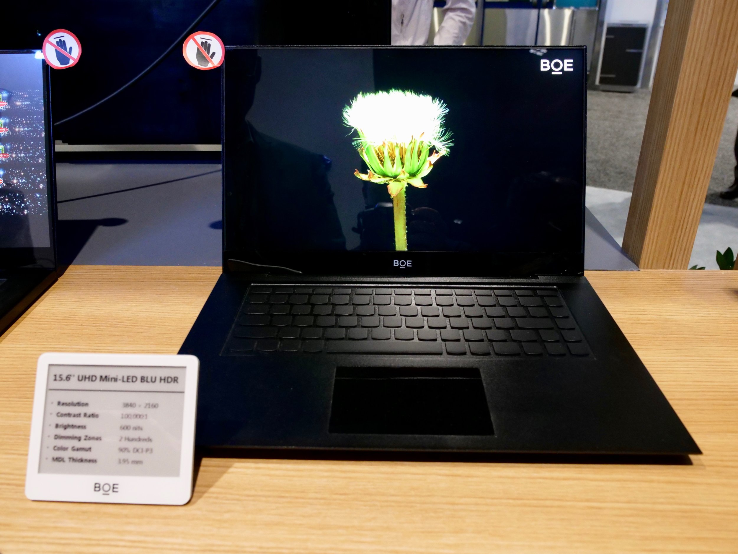 BOE QD HDR Laptop Monitor