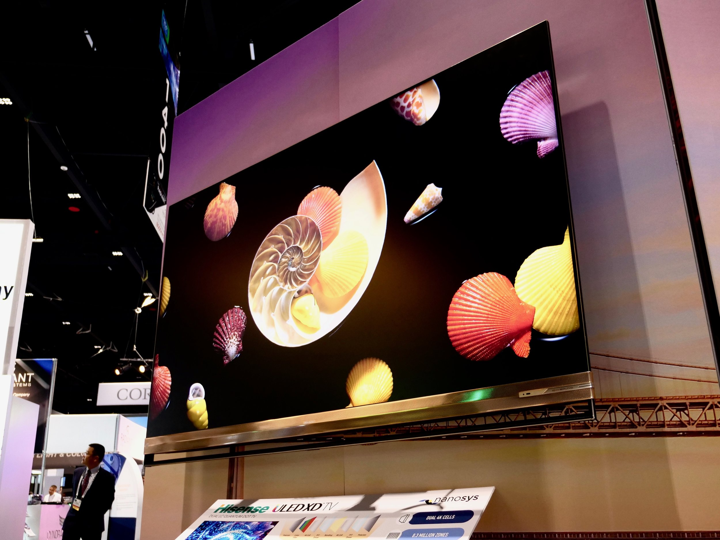 Nanosys showed this Hisense ULED XD dual‐cell LCD prototype that uses two LC panels to increase contrast and quantum dots for brilliant color and luminance.