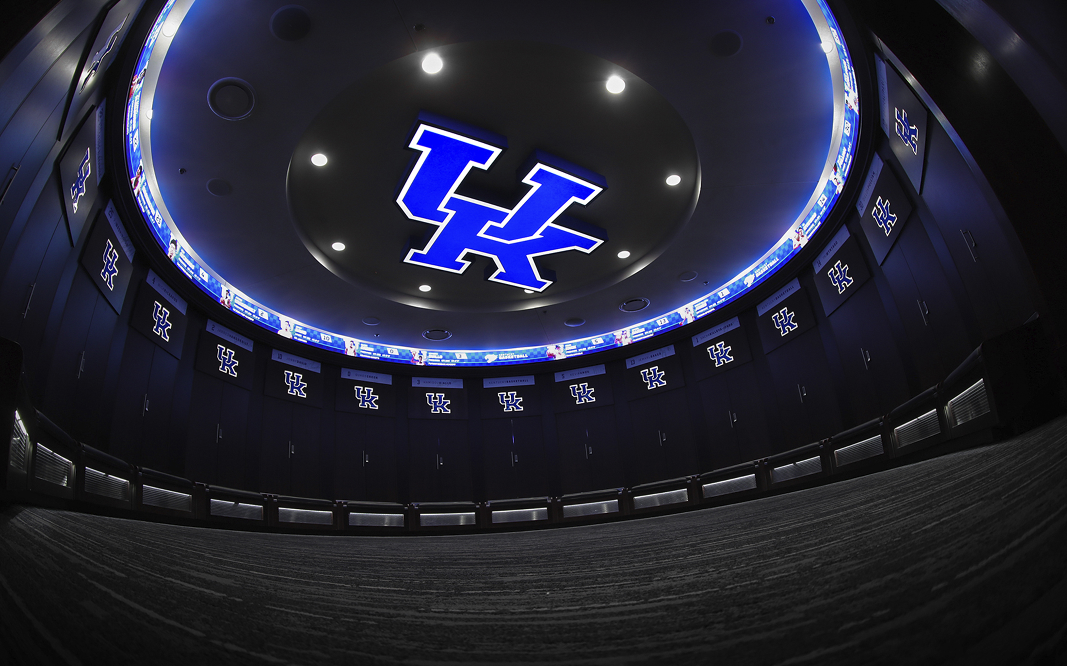 UK_locker room.jpg