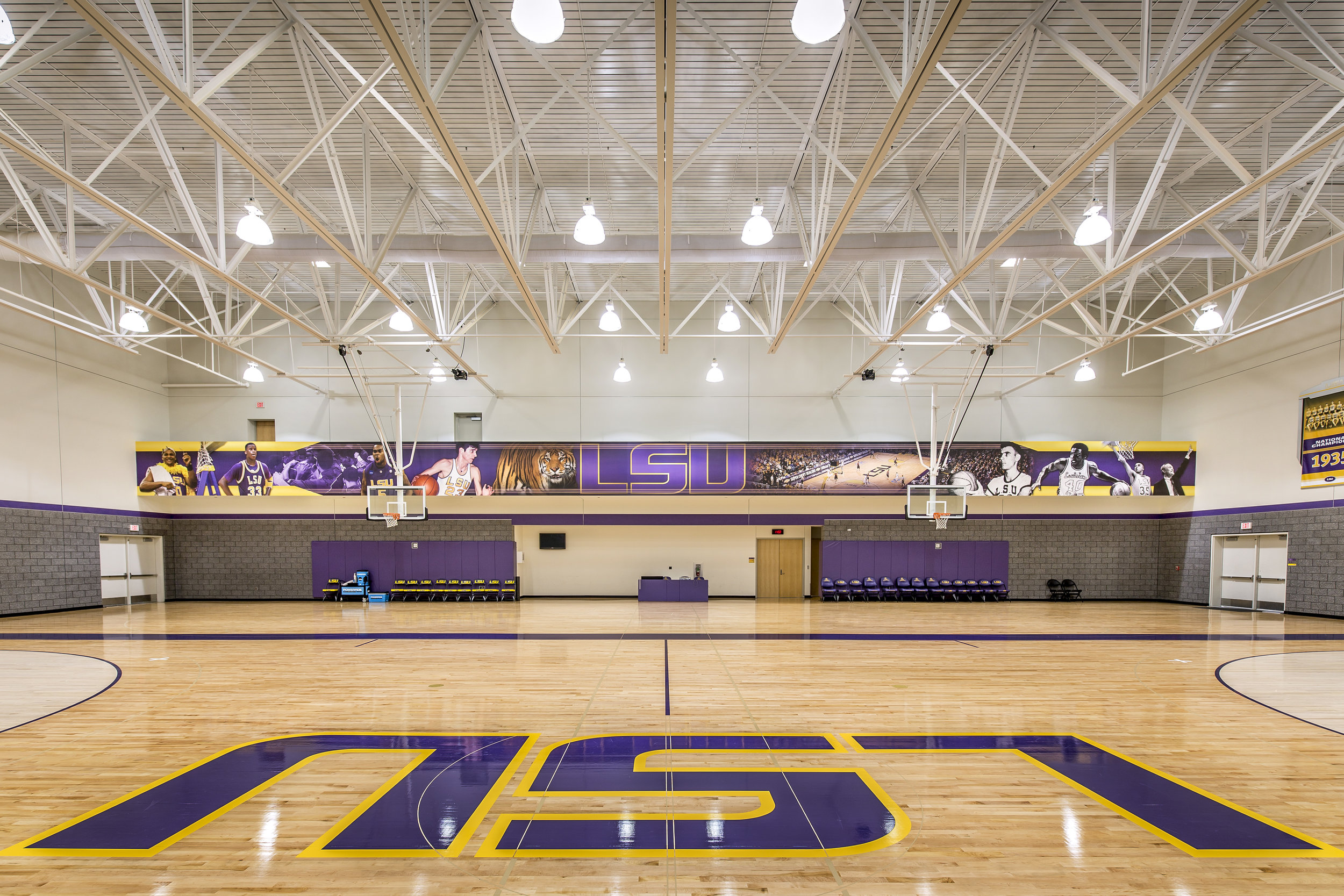 eP9673 49 Degrees - LSU Basketball Training Facility .jpg