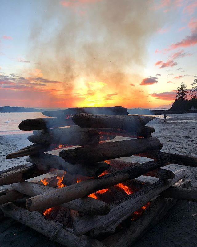 Another epic bon fire night at Our beautifulLagoon beach! This one really takes the cake! 🔥