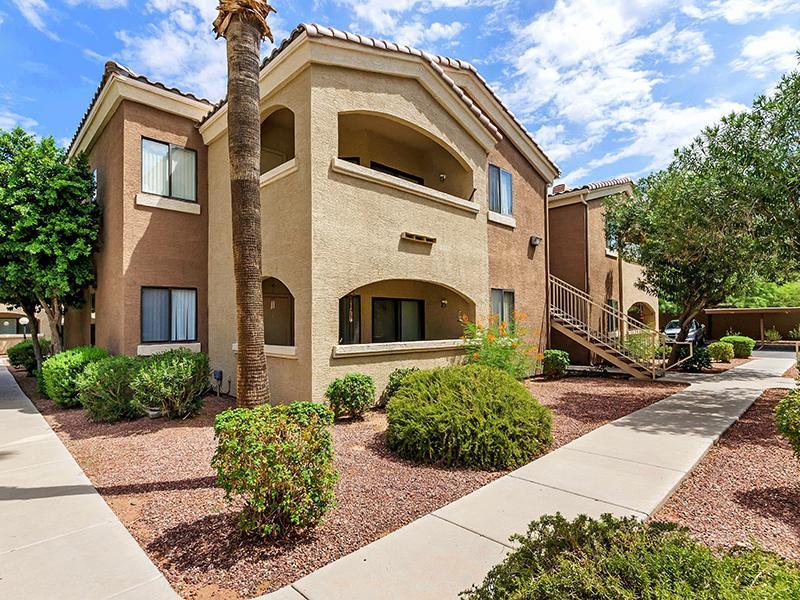 BAYSIDE APARTMENTS - Phoenix, AZ