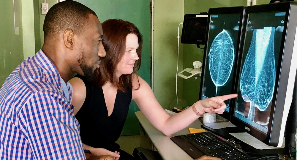 Dr. Allison Borowski, RAD-AID Volunteer, helping breast imaging in support of radiology residency training and breast cancer screening in Guyana.
