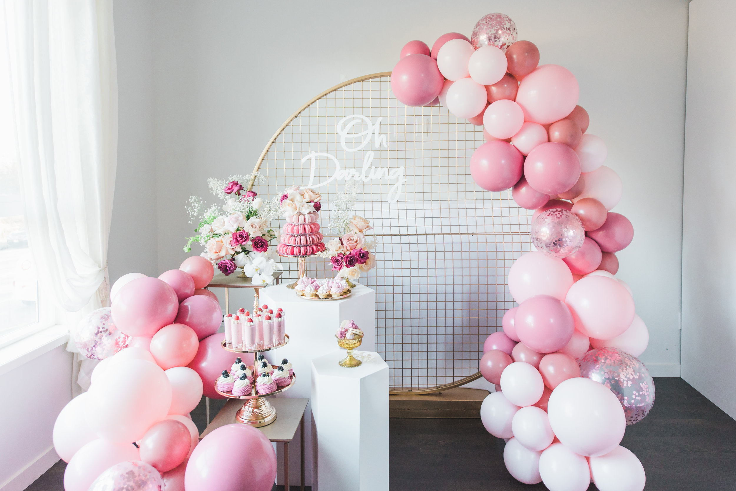 table-co-balloons-setup-5.JPG