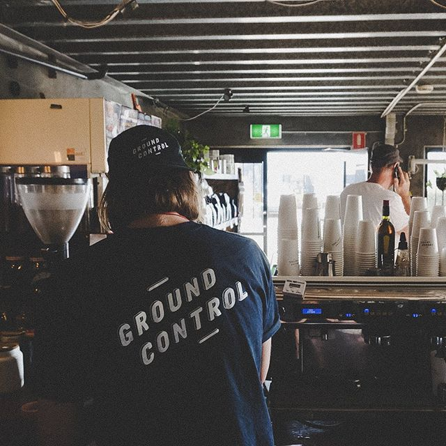 What do you do when Tuesday feels like Monday?...☕️☕️☕️ We've got Lachy on deck serving up the good stuff til 3 🤘 Hope everyone had a cracker long weekend ⚡️ . . . . . #goodcoffeegoodtimes #australiancoffeeroasters #coffeeroasters #coffee #tweedheads #goldcoast #northernrivers #goldcoastcoffee #coffeeroaster