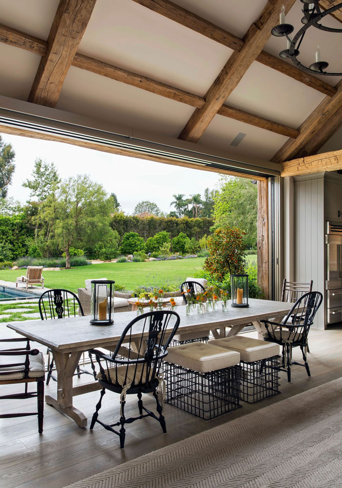 9a-lewis-indoor-outdoor-dining-area.jpg