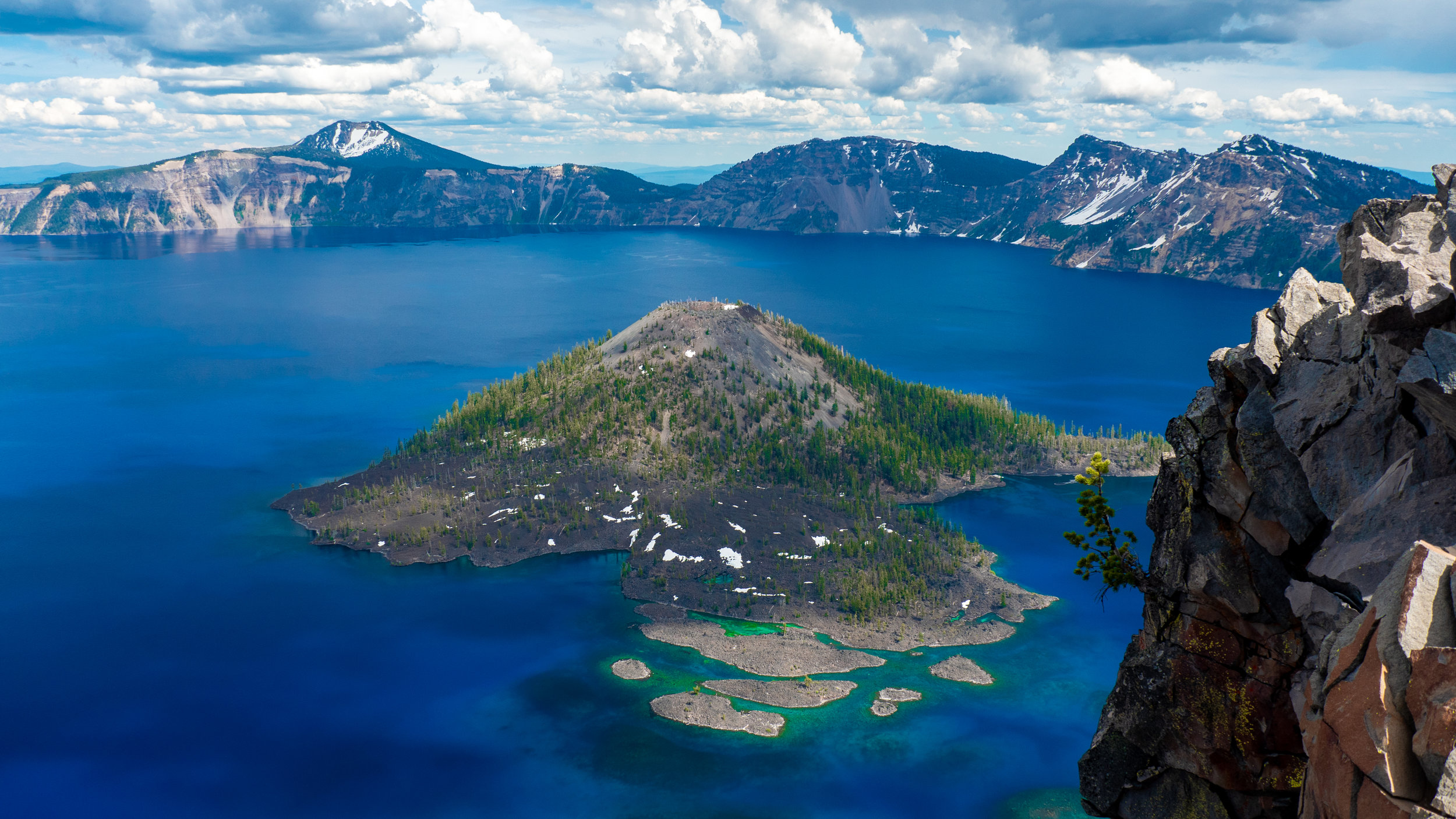 crater lake or july 2019