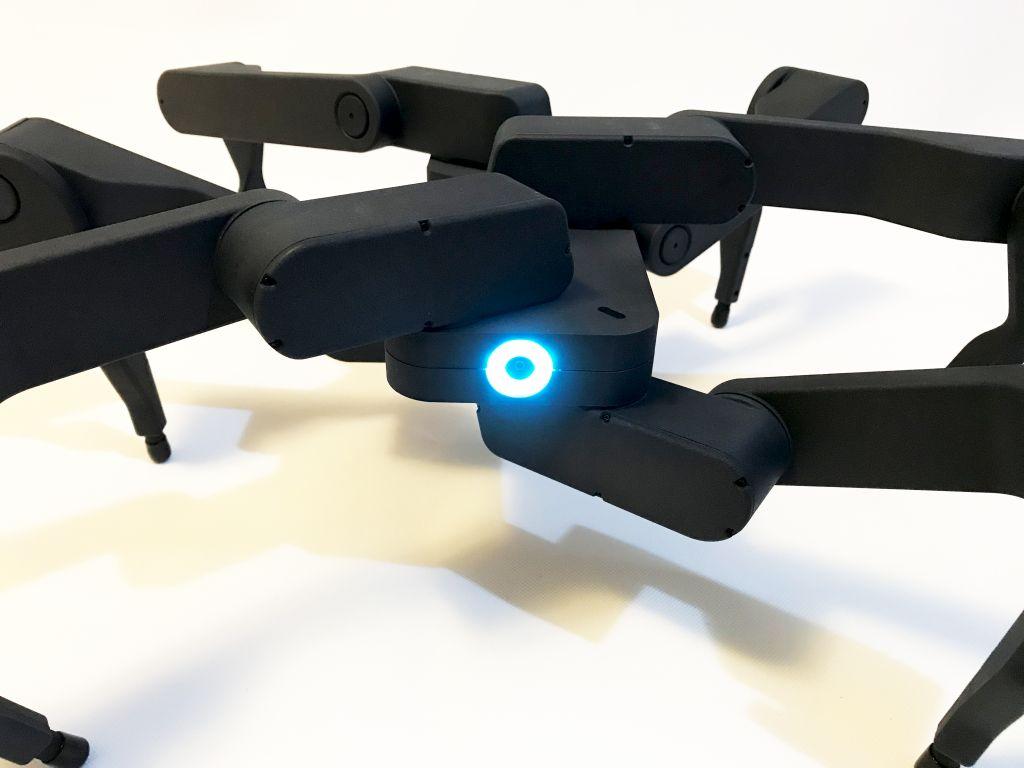 Z6 Robot 1.jpg