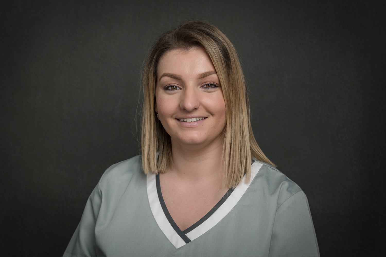 Dafina Ramosaj - Arztsekretärin / Dentalassistentin