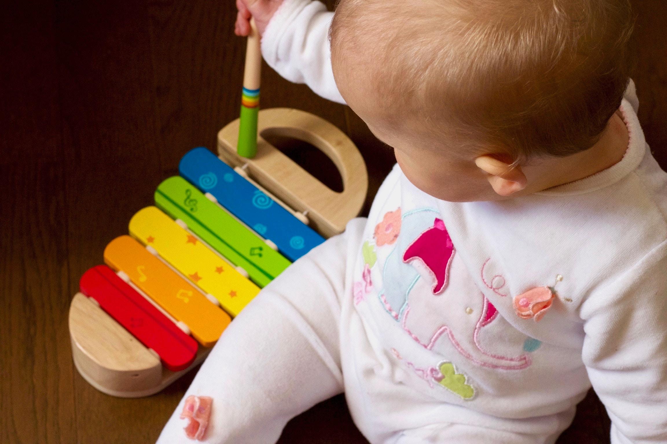 Toys & Instruments -