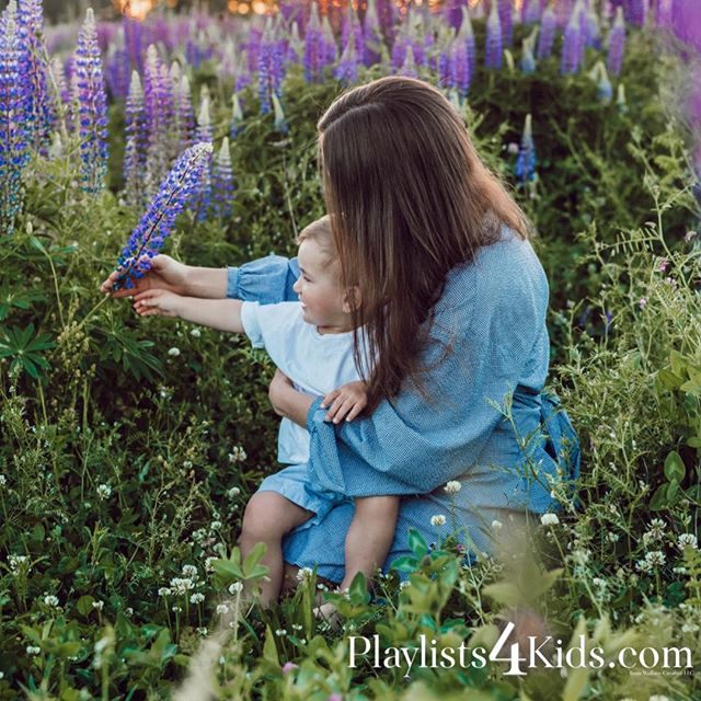 🎧 Real music for real moments.⠀ ---⠀ Kid-Safe, Curated Playlists and Activities at Playlists4Kids.com⠀ •⠀ •⠀ •⠀ •⠀ •⠀ #dad #children #mom #mother #kids #familytime #momlife #teacher #teachersofinstagram #father #sister #school #parents #brother #sisters #related #teaching #babyboy #education #momblog #learning #momblogger #mommy #parenting #learn #teachers #teachersfollowteachers #instababy #mommyblogger #Playlists4Kids