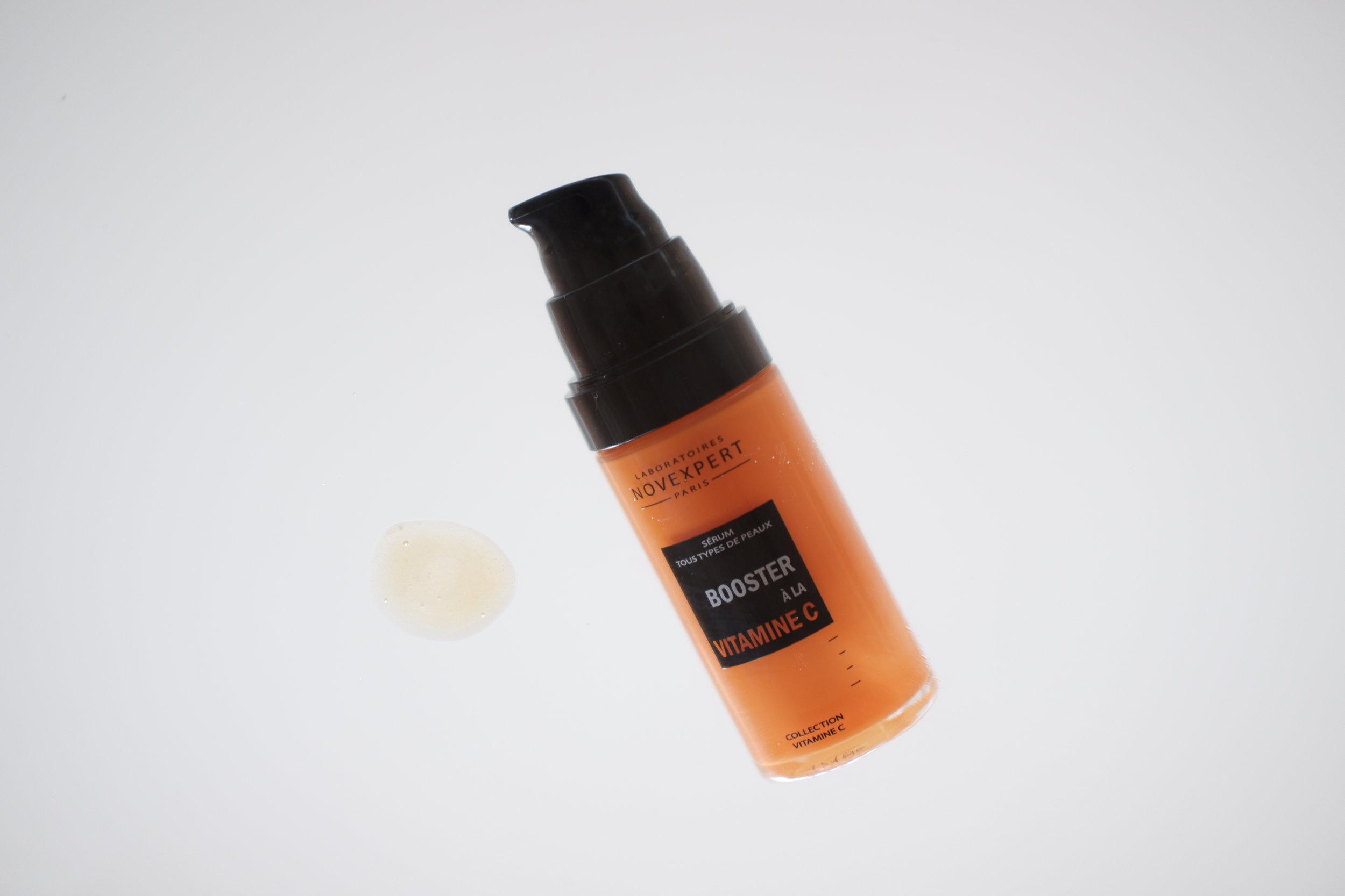 Viikko 27/2019:  Novexpert Vitamin C Booster  - Super tehokas C-vitamiiniseerumi, jonka C-vitamiinipitoisuus on jopa 25%. Kirkastaa heti väsyneen ja samean ihon. Ohut koostumus levittyy iholle hyvin ja tuntuu miellyttävältä. C-vitamiinilla on lukuisia hyötyjä iholle; se kosteuttaa ja kirkastaa ihoa, tasoittaa sen epätasaista sävyä ja on erinomainen anti-age -vaikutteiltaan. Tämä seerumi on paras ikääntyvälle iholle tai C-vitamiiniin tottuneelle iholle. Se soveltuu kuitenkin myös herkälle iholle.