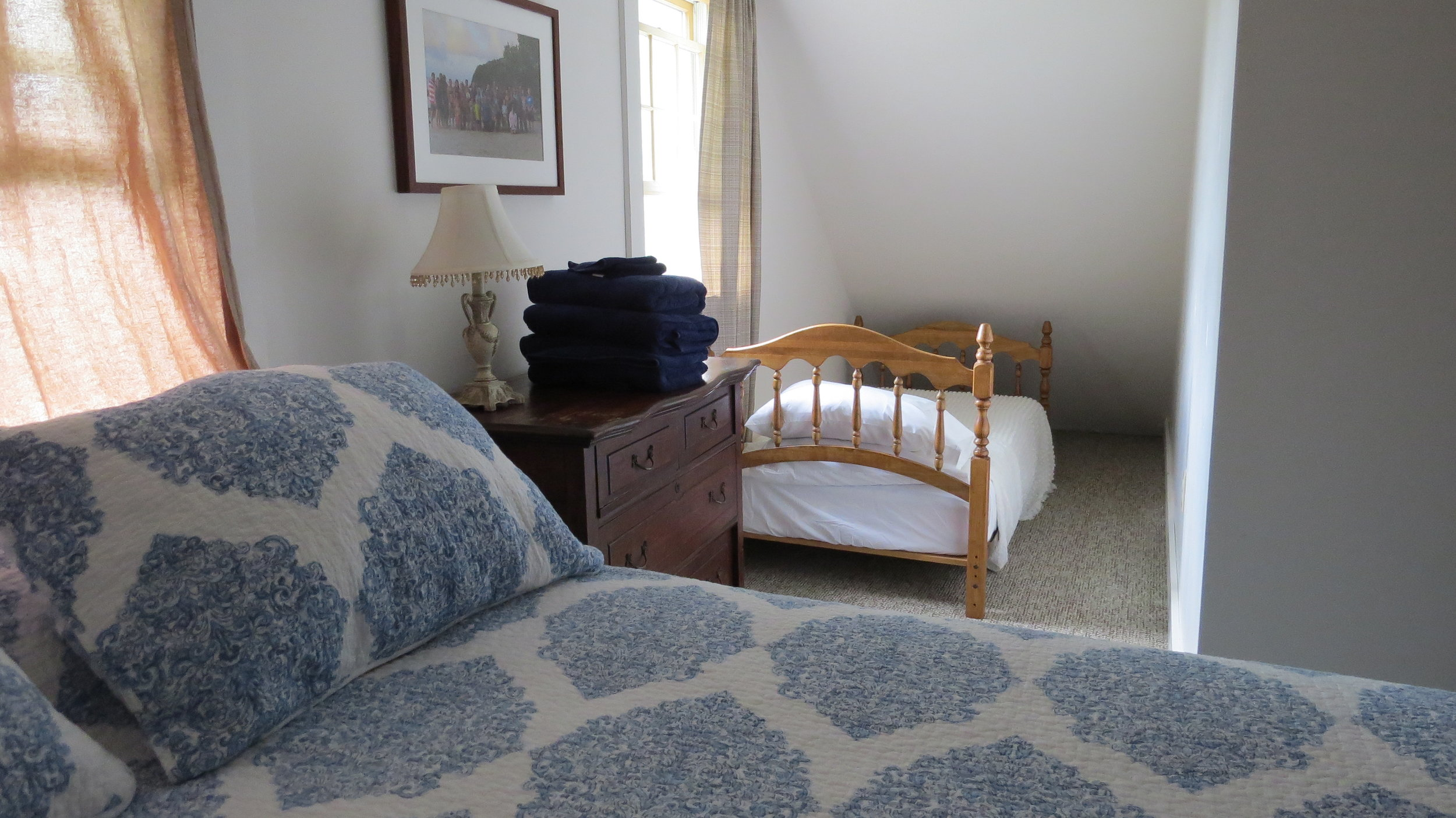 VT Bedroom 1.JPG