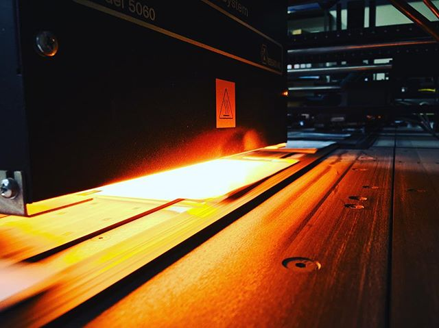 We love Tuesdays! Fiery Inkjet Action Shot! Can CITYMAIL USA help assist your non profit organization? 🙌💕🤩✉️ . . #directprintandmail #peabodyma #bostonnonprofits #nonprofitorganization #creativenorthshore #colorexplosion #inkjet #destinationusps #letthejourneybegin #selfmailer #wowzers