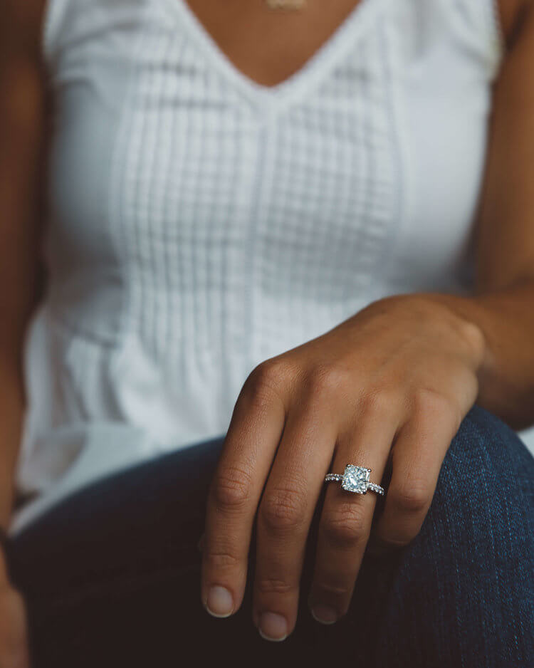 bogo-jewelry-engagement-ring.jpg