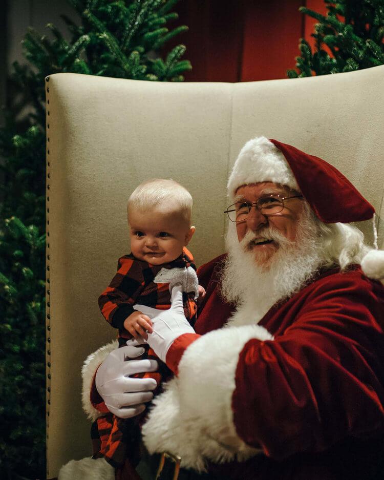 warehouse-row-annual-holiday-open-house-santa.jpg