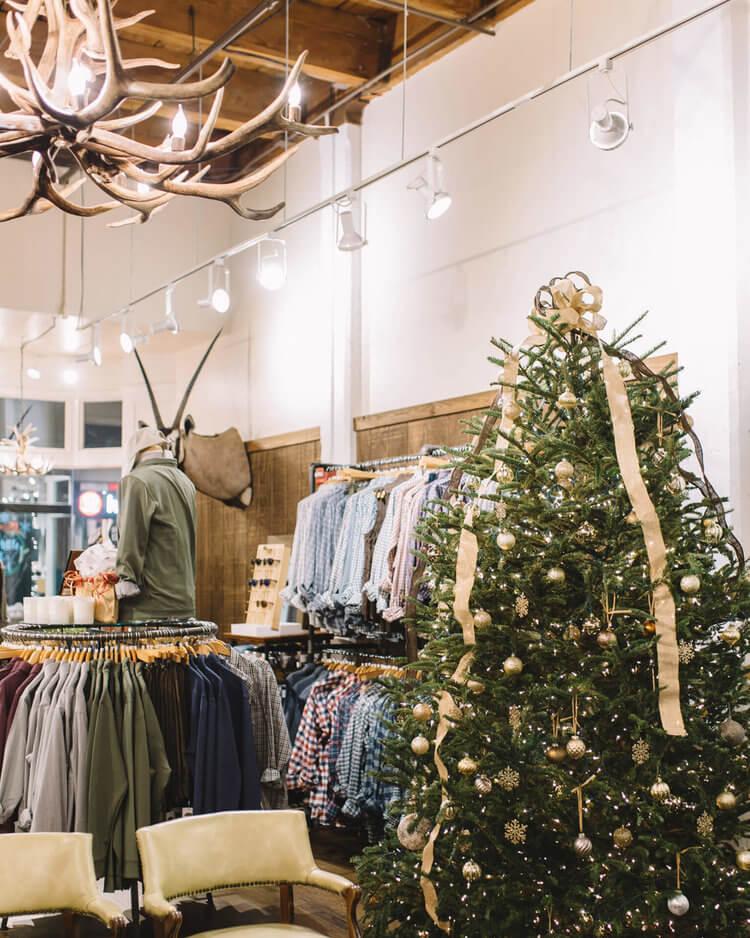 warehouse-row-annual-holiday-open-house-christmas-tree.jpg