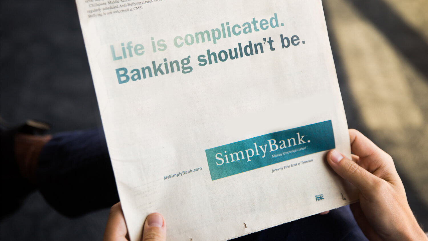 simply-bank-half-page-newspaper-ad-life-is-complicated-banking-shouldnt-be.jpg