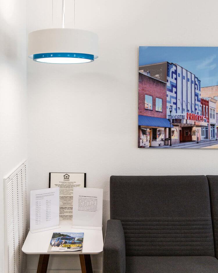 simply-bank-environmental-lighting-seating.jpg