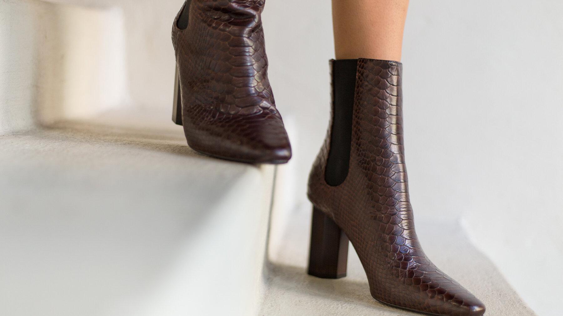 snake_boots.jpg