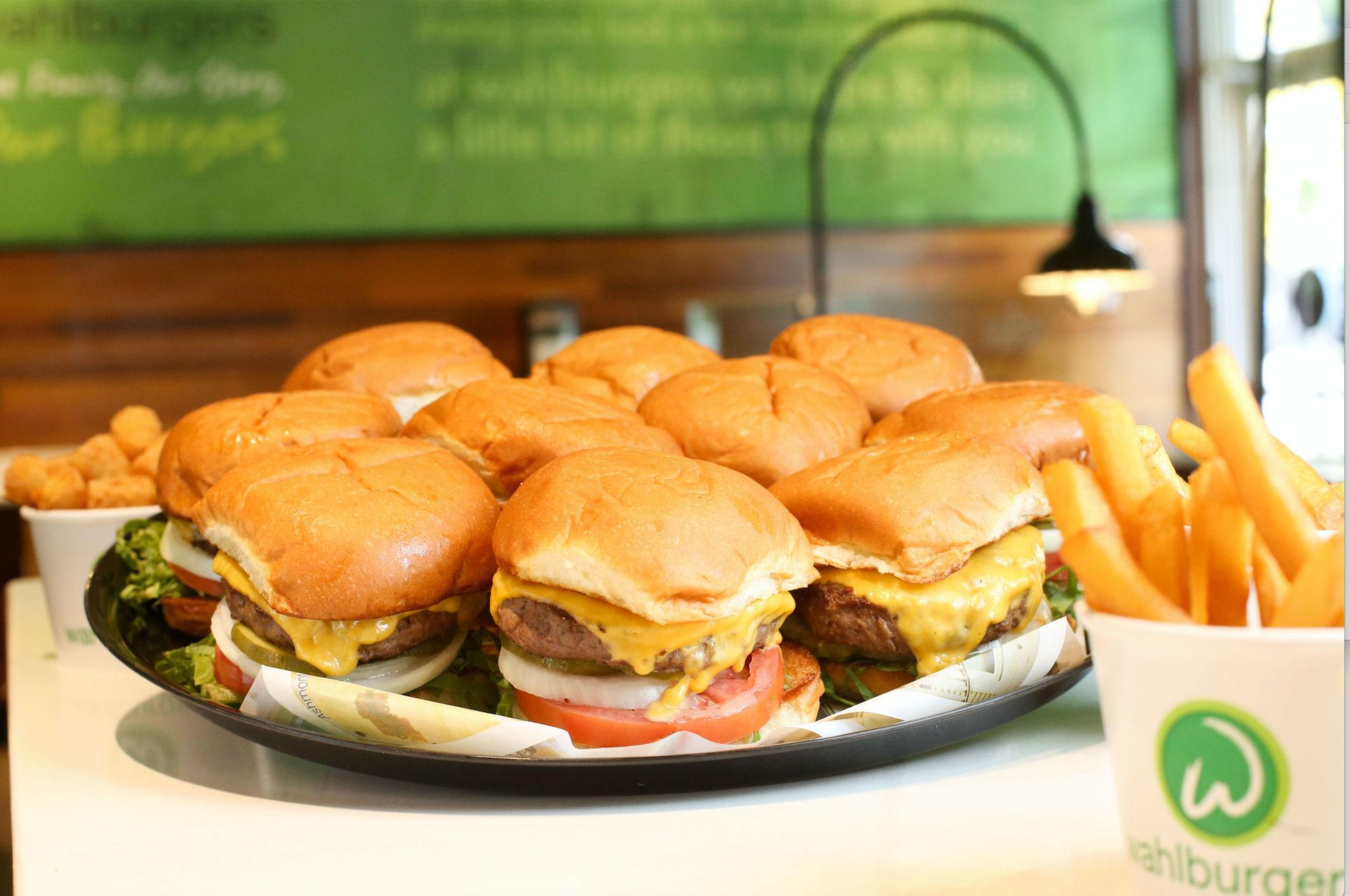 wahlburgers-2.jpg