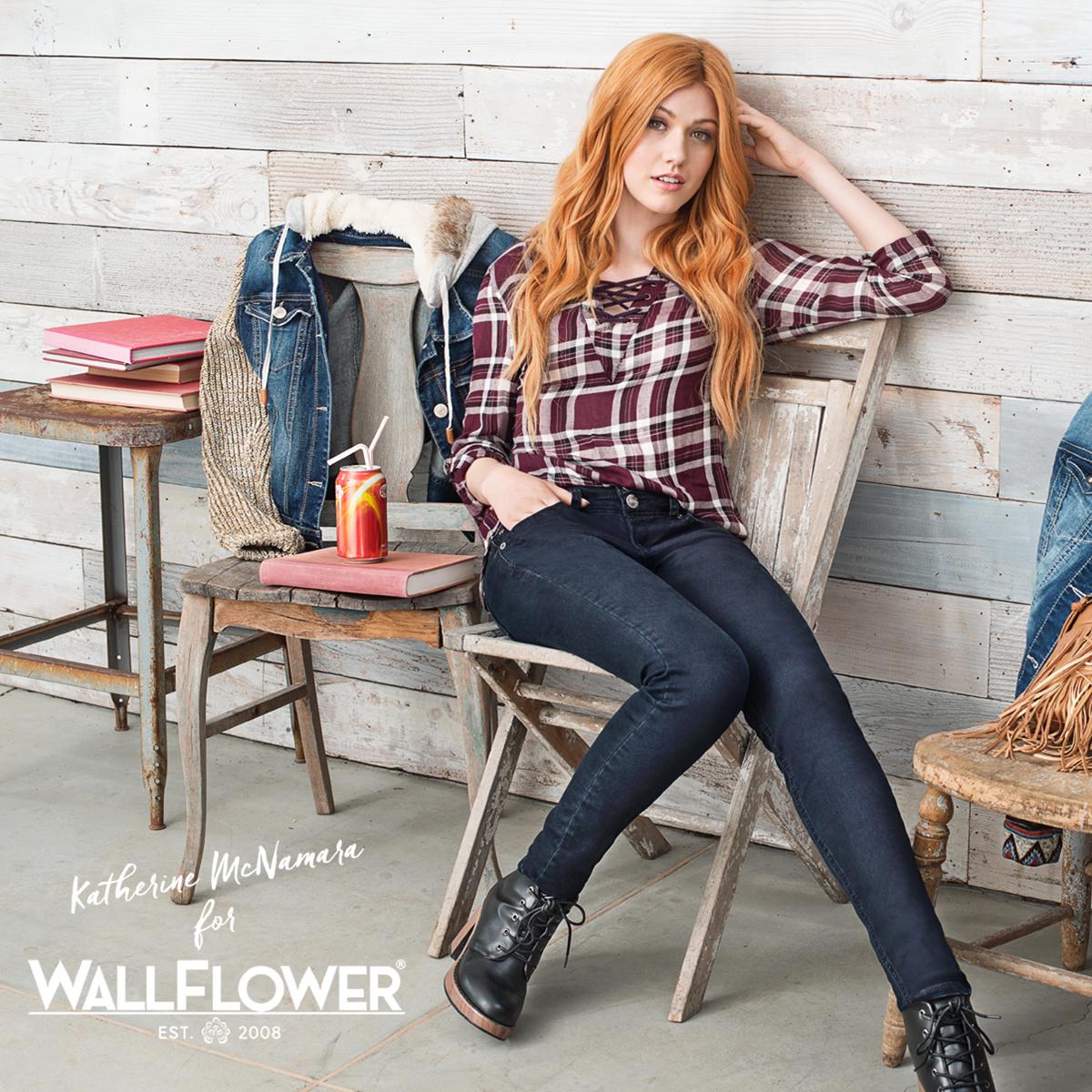 WALLFLOWER CROPPED IMAGE_4X4.jpg