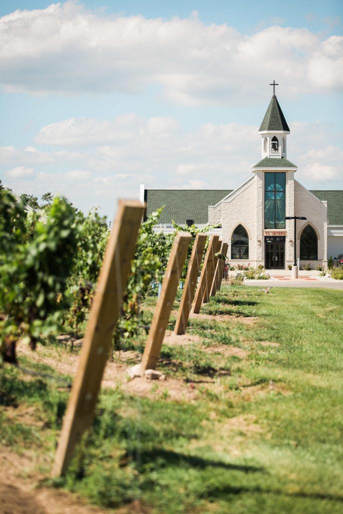Vineyard-Church-687x1030.jpg