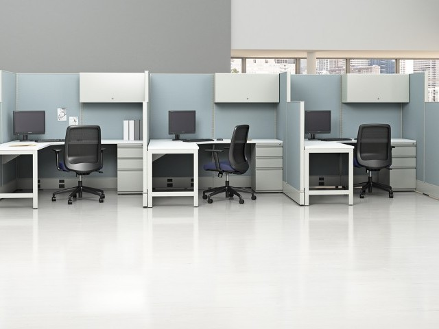 AIS Divi Open Plan Workstations