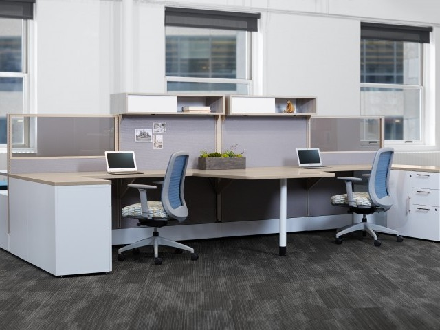 AIS Divi Open Plan Panel System Shared Keytop Workstation