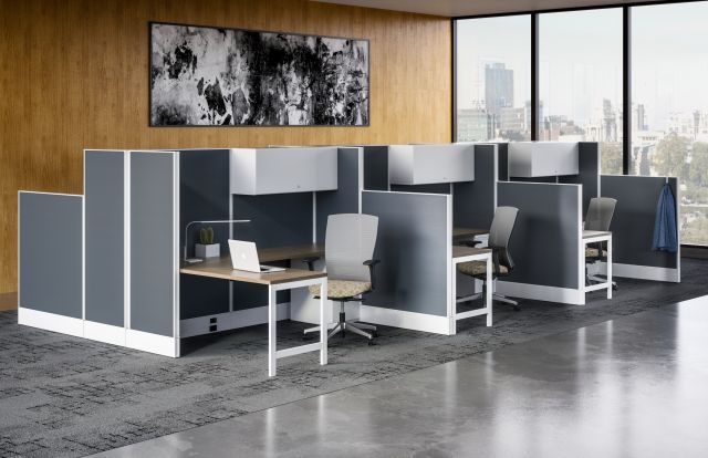 AIS Divi Open Plan Workstation with High Panels