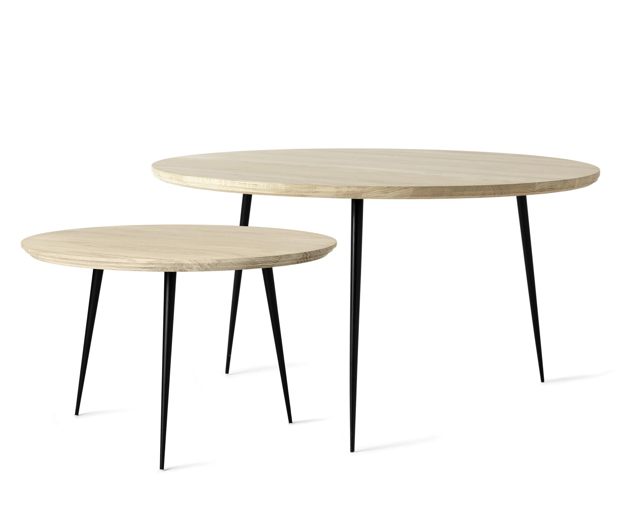disc table.jpg