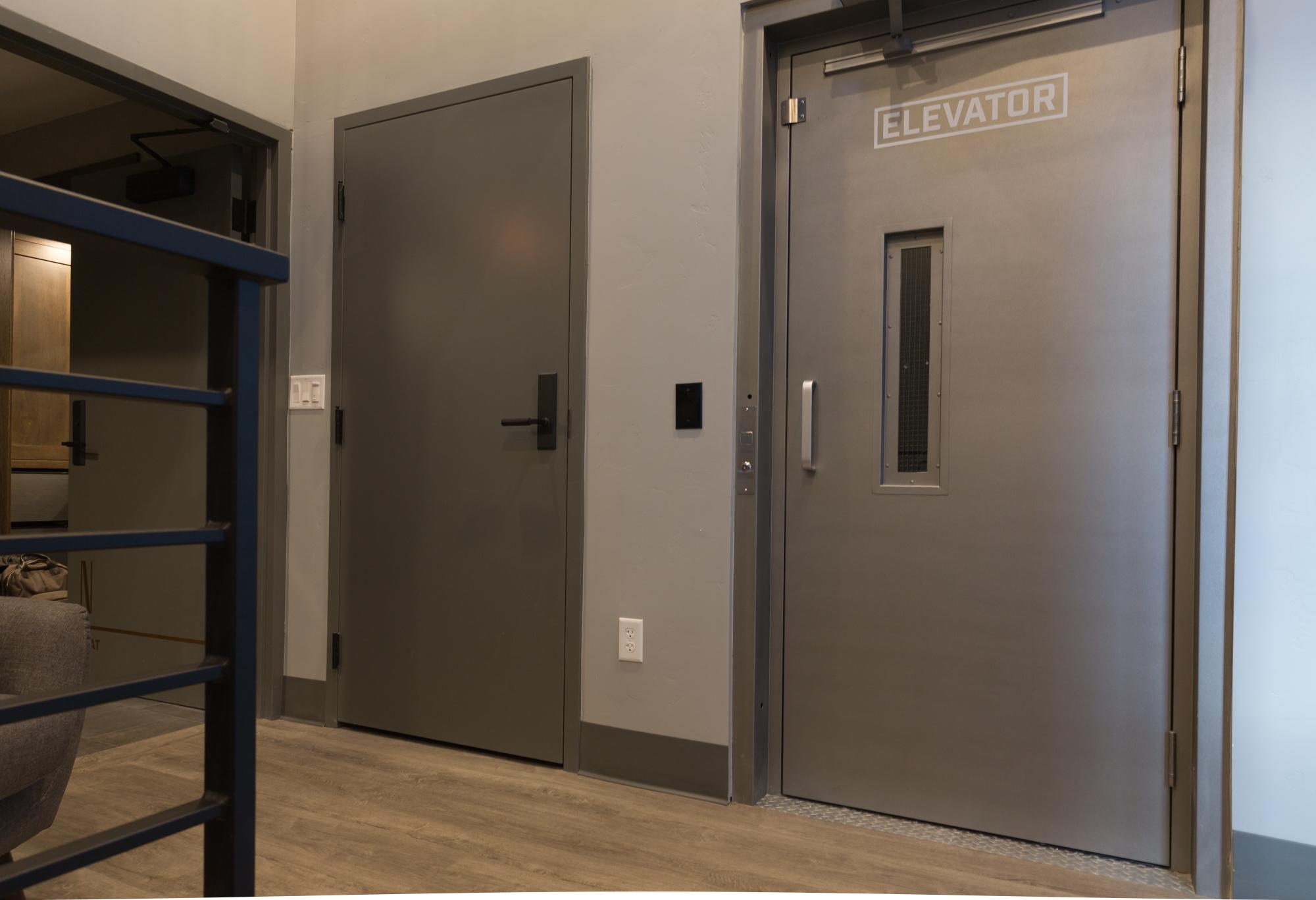 FlatsLuxurySuites_Elevator_22EastCenter2.jpg