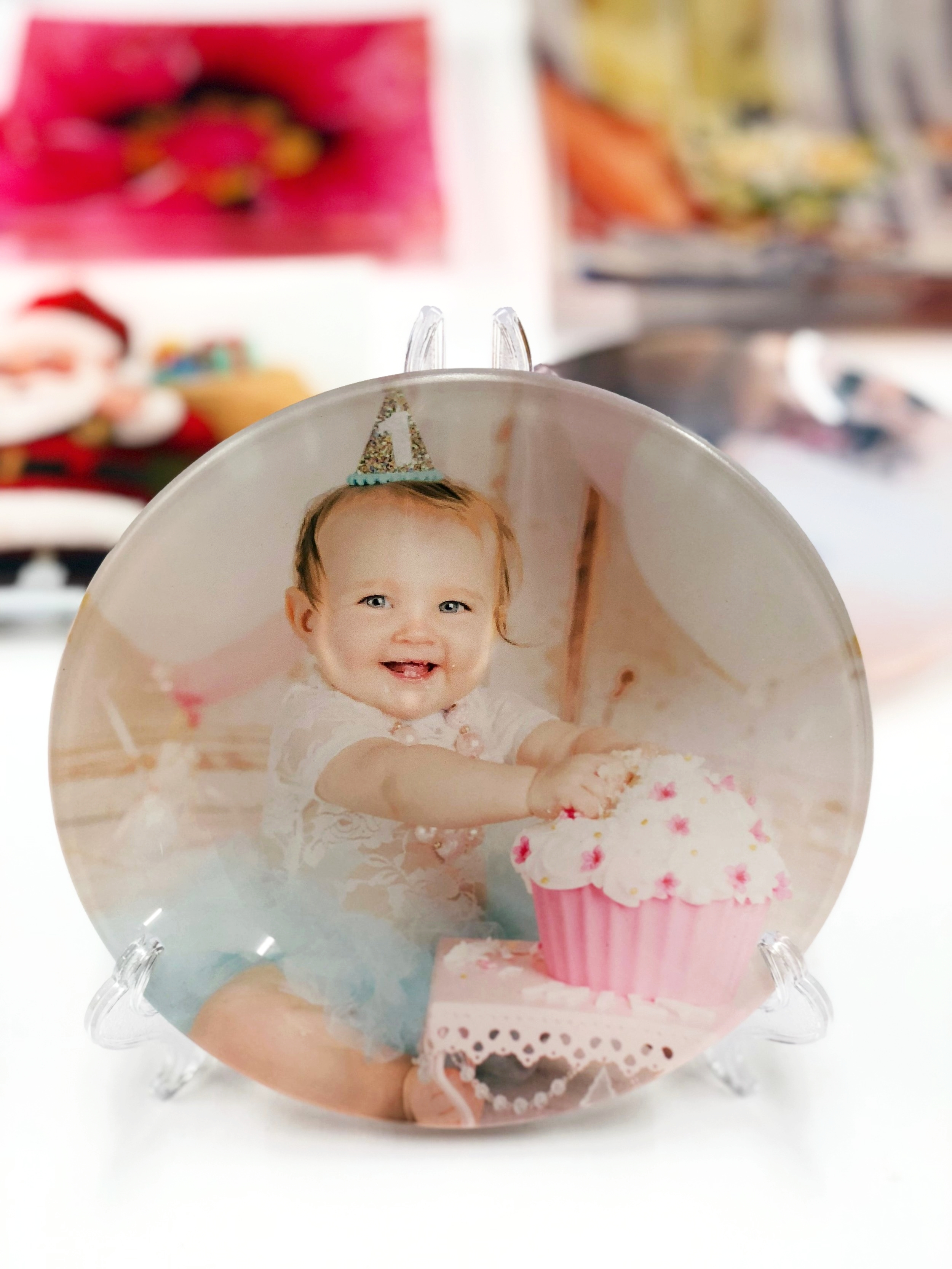 Custom Printed Glass - Let us print your memories on glass plates during the holiday season.