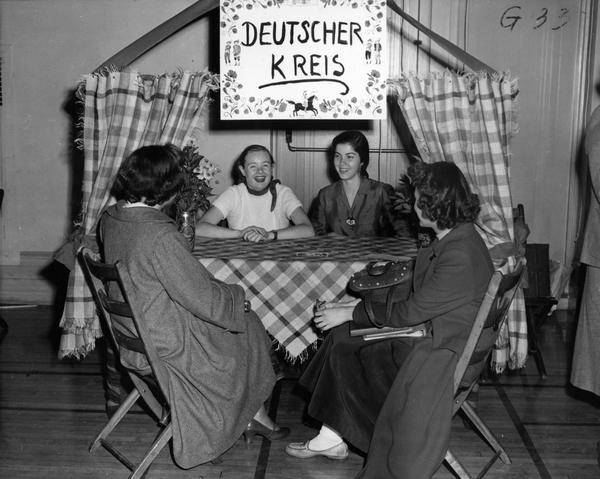 BC17-10_DeutscherKreis1954.jpg